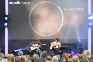 Frankfurt, Germany. 8th April 2017. Eddie van der Meer (l) and Peter Gergeley, accoustic guitar players and YouTube stars, performing live on the accoustic stage at Musikmesse in Frankfurt, Germany