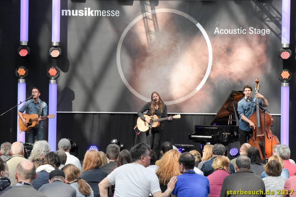 Frankfurt, Germany. 8th April 2017. band Hannah Kah perfornming live on the accostic stage at Musikmesse in Frankfurt, Germany