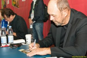 July 1st 2017. Stuttgart, Germany. US actor John Ashton (Beverly Hills Cop) meeting fans and signing autographs at Comic Con Stuttgart.