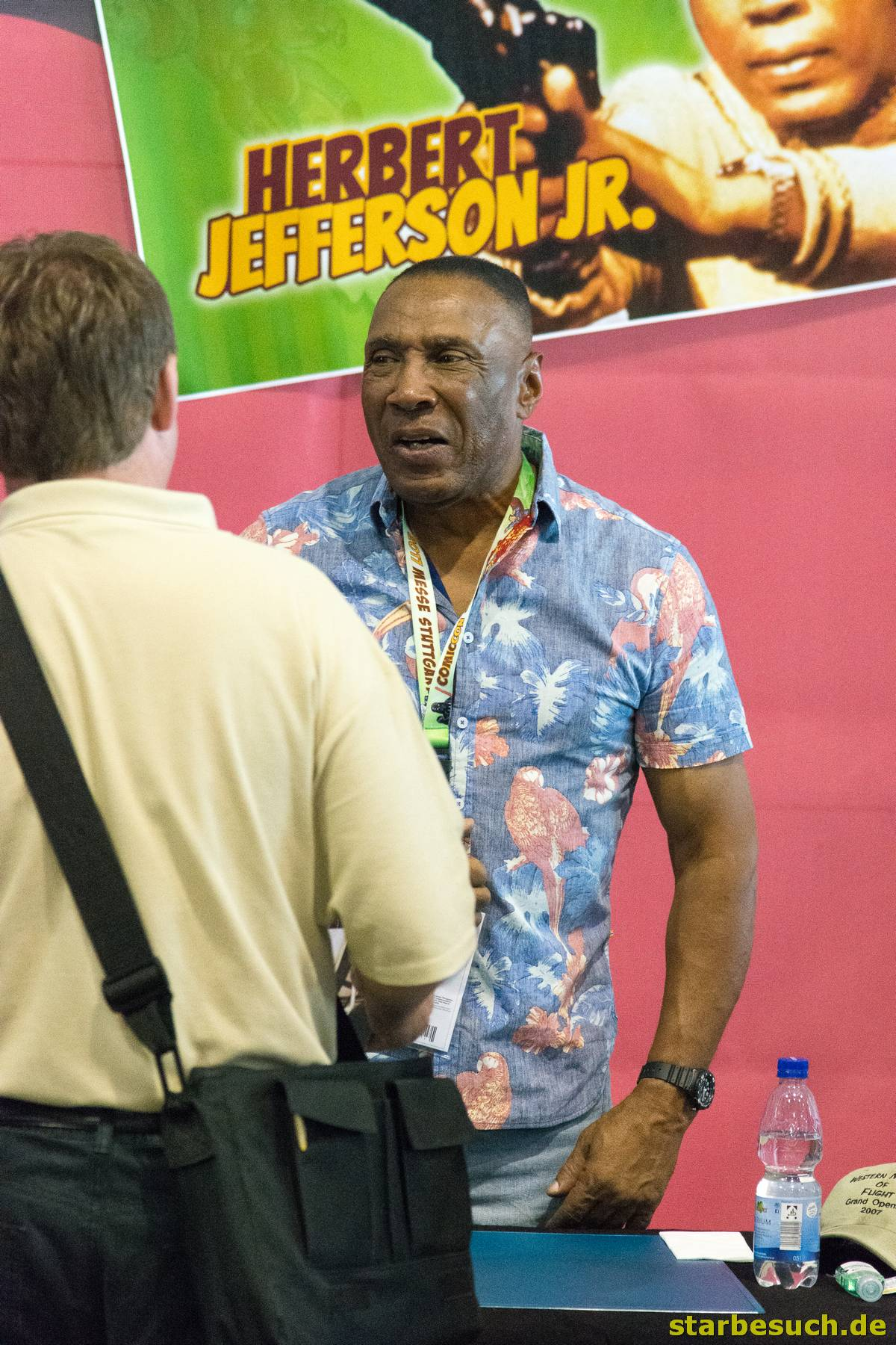 July 1st 2017. Stuttgart, Germany. Herbert Jefferson, Jr (A-Team) meeting a fan at Comic Con Stuttgart
