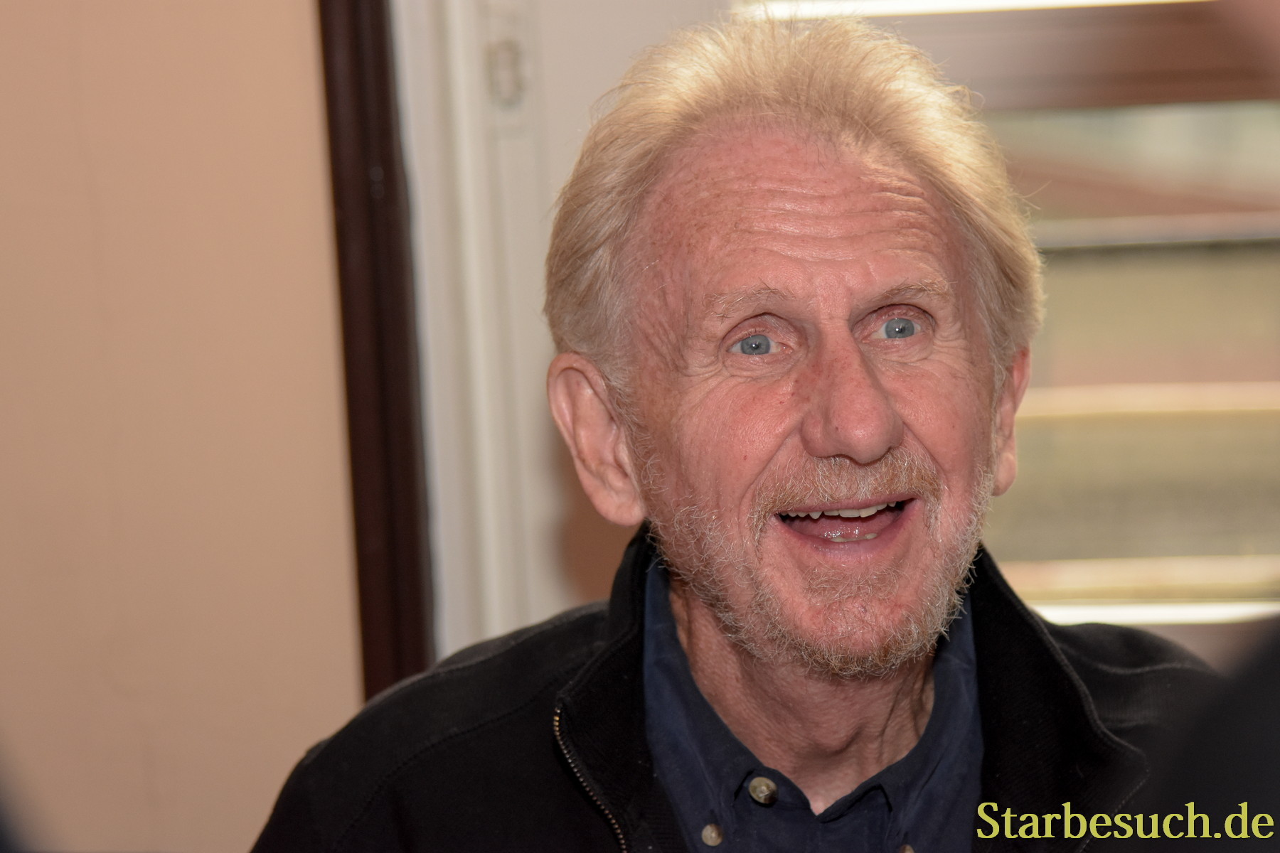 September 2nd, 2017. Mannheim, Germany. Rene Auberjonois, Odo in Star Trek: DS9, signing for fans at Startopia.´Star Trek Actors and Trekkies get together at this convention in Mannheim, Germany