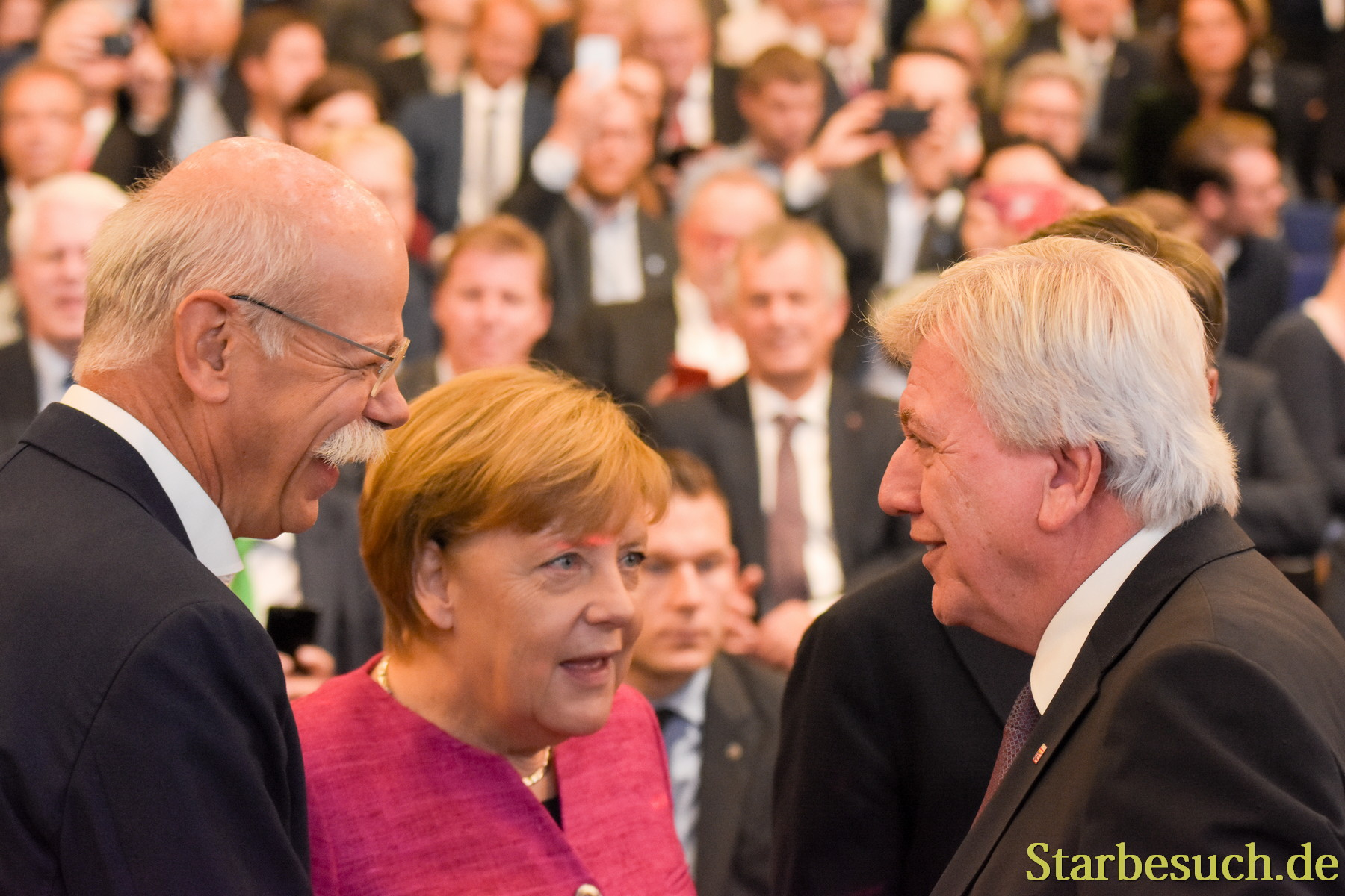 Dr, Dieter Zetsche, Angela Merkel, Volker Bouffier