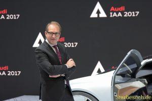 Alexander Dobrindt bei Audi