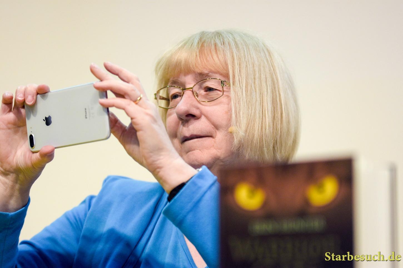 Cherith Baldry / Erin Hunter, writer - Warrior Cats - at Frankfurt Bookfair / Buchmesse Frankfurt 2017