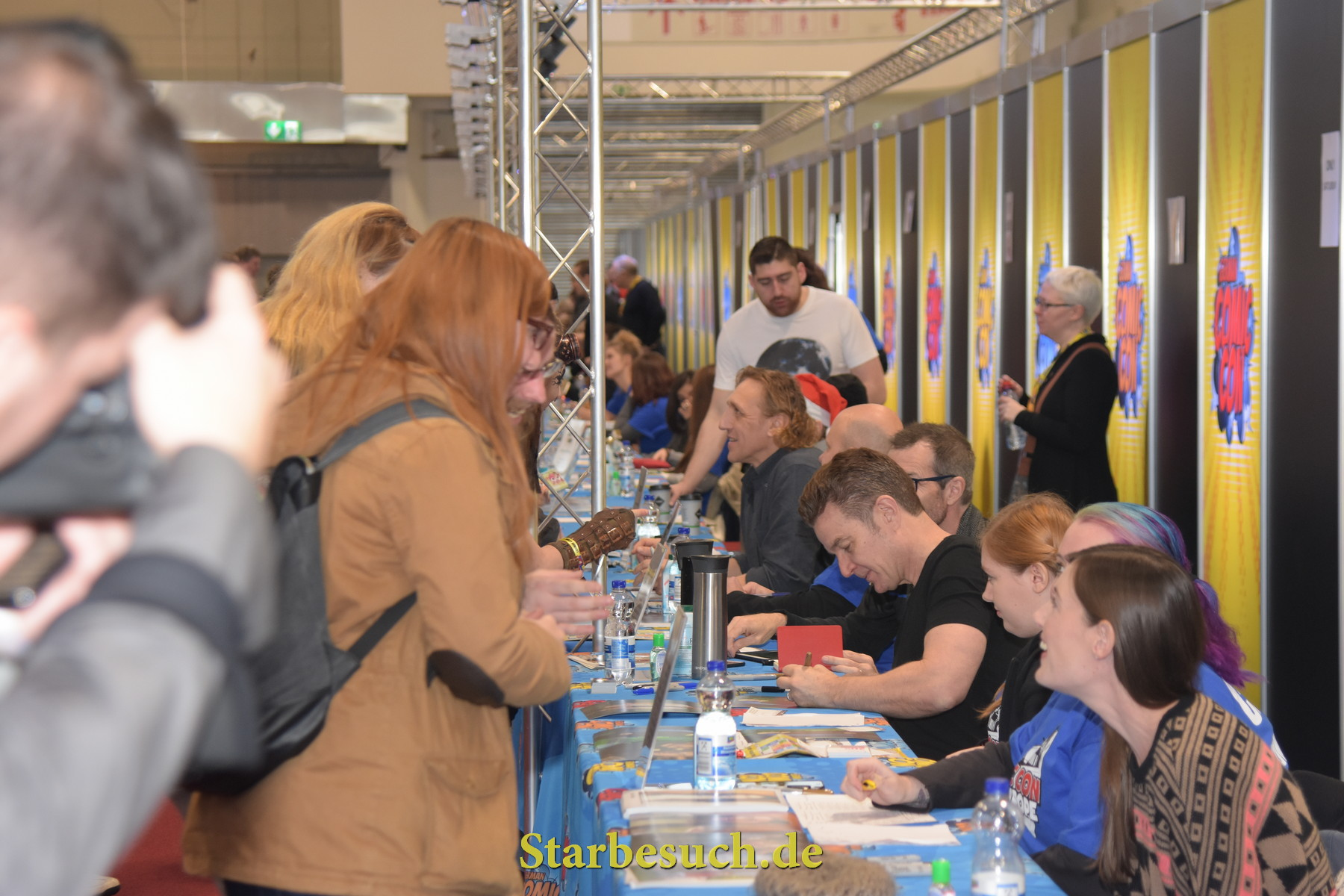Dortmund, Germany - December 9th 2017: Actors Signing Area at German Comic Con Dortmund. More than 30 celebrities attended the event to meet their fans, sign autographs and do photoshoots.
