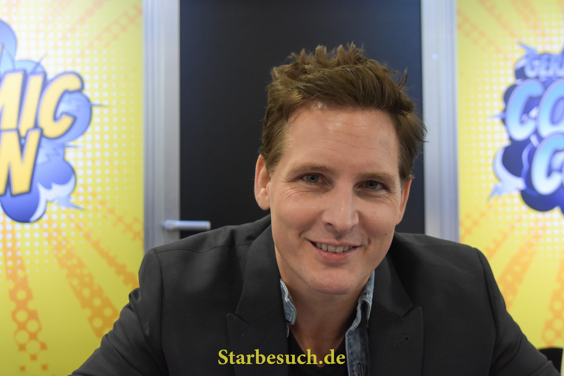 Dortmund, Germany - December 9th 2017: US Actor Peter Facinelli (* 1973, Twilight Saga, Supergirl, American Odyssey, Glee) at German Comic Con Dortmund. More than 30 celebrities attended the event to meet their fans, sign autographs and do photoshoots