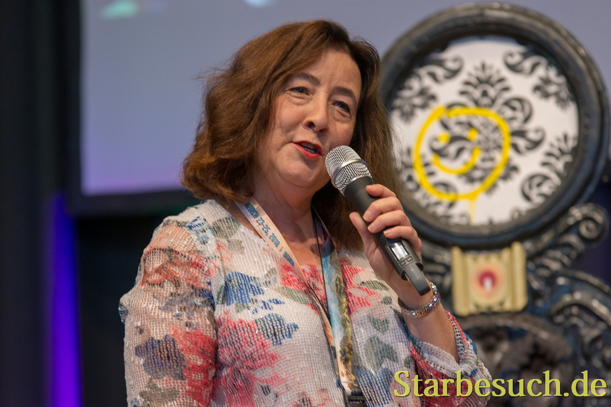 Actress Lori Dungey at MagicCon 2018