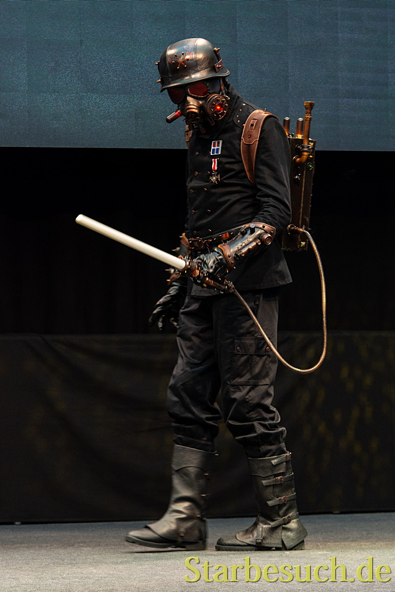 Cosplay - Steampunk Sith by Saroman