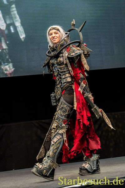 Cosplay - Adeptus Sororitas from Warhammer 40K by IN.SAIN.I
