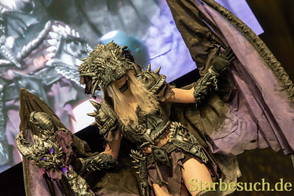 Cosplay - Drache by  Avaeracosplay