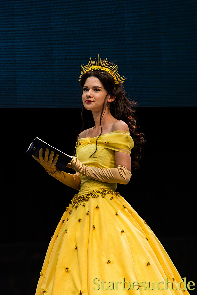Cosplay - Belle from Beauty and the Beast by Queen Arkham