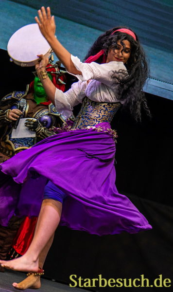 Cosplay - Esmeralda from The Hunchback of Notre Dame by Mylady Gypsy