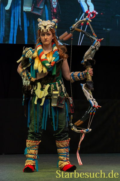 Cosplay - Aloy from Horizon: Zero Dawn by Natalya_Cosplay
