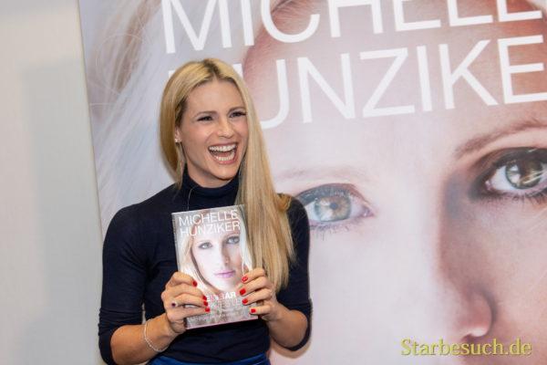 Michelle Hunziker, Model und Moderatorin