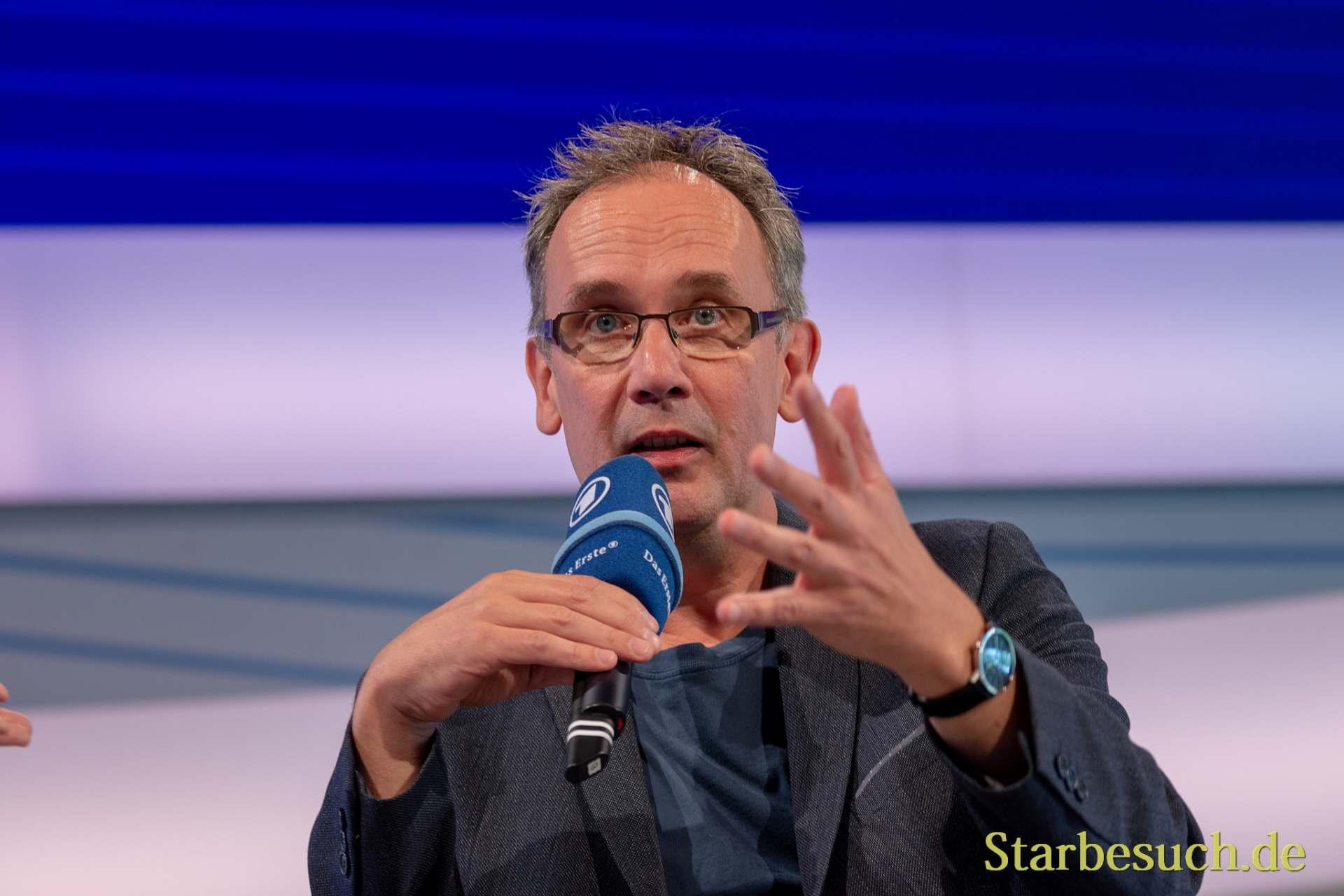 Volker Kutscher, Autor - Sei Roman Der nasse Fisch war Vorlage der Serie Babylon Berlin