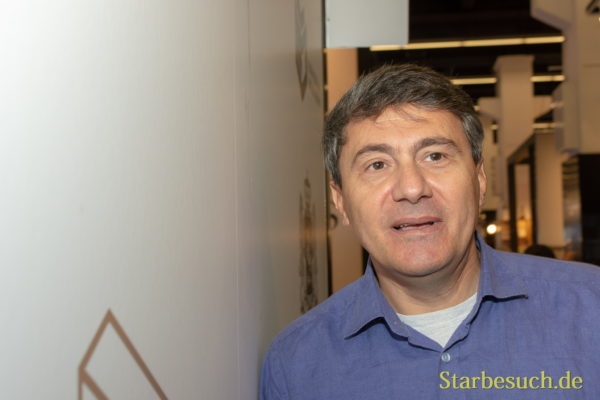 Dato Turashvili, Autor