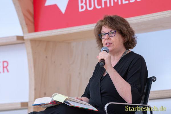 Meg Wolitzer, Autorin