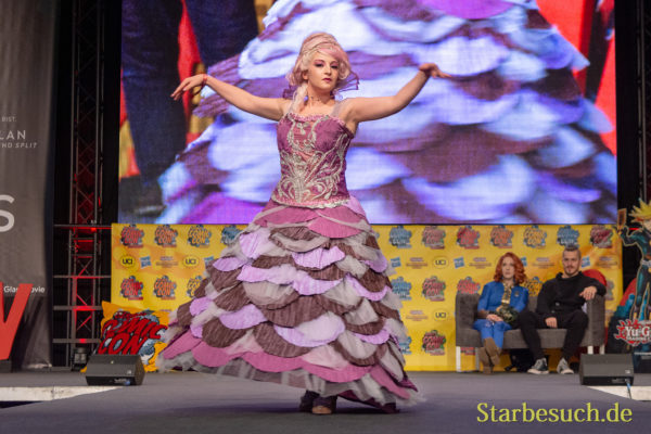 DORTMUND, GERMANY - December 1st 2018: Cosplayer Hisui Cosplay portrays the character Sugarplum from The Nutcracker and the four Rooms at German Comic Con Dortmund, a two day fan convention