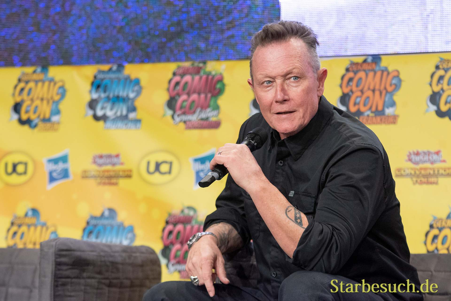 DORTMUND, GERMANY - December 1st 2018: Robert Patrick (*1958, actor, The X-Files, Terminator 2) at German Comic Con Dortmund, a two day fan convention