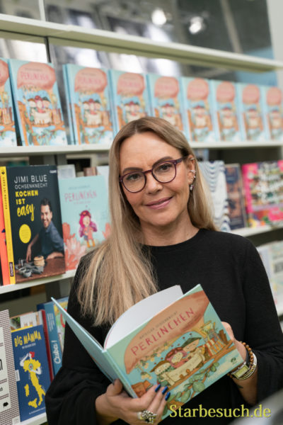 Frankfurt, Germany. 11th Feb 2019. Natasha Ochsenknecht (*1964), model and author, presents her newest childrens book 'Perlinchen' at Ambiente trade fair 2019. Ambiente is a leading consumer goods trade fair with more than 4300 exhibitors and 130,000+ trade visitors.