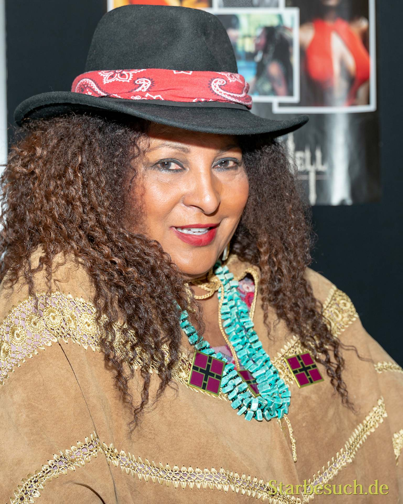 Pam Grier - Weekend of Hell SE 2019
