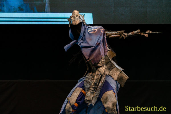 Cosplay Contest: #2 Saysick as Knight Artorias from Dark Souls