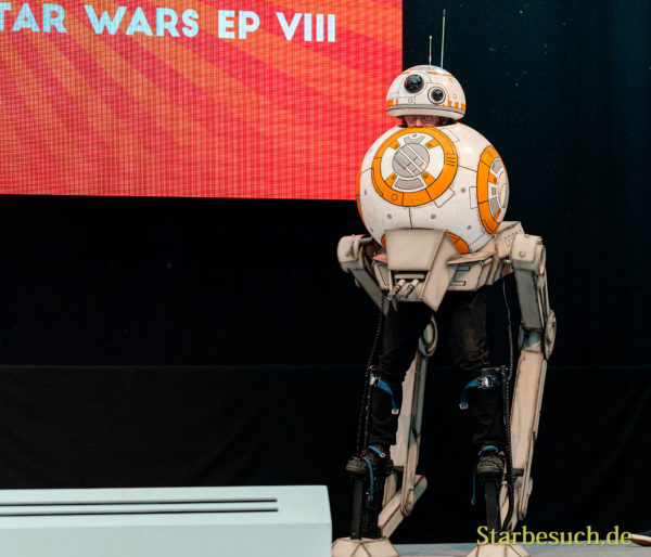 Cosplay Contest #19: Pisdi Productions as BB-8 on AT ST from Star Wars Ep. VIII