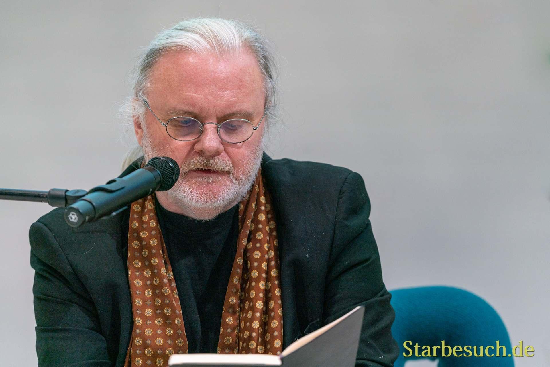 Autor Jon Fosse Autor, liest im Norwegen Pavillon