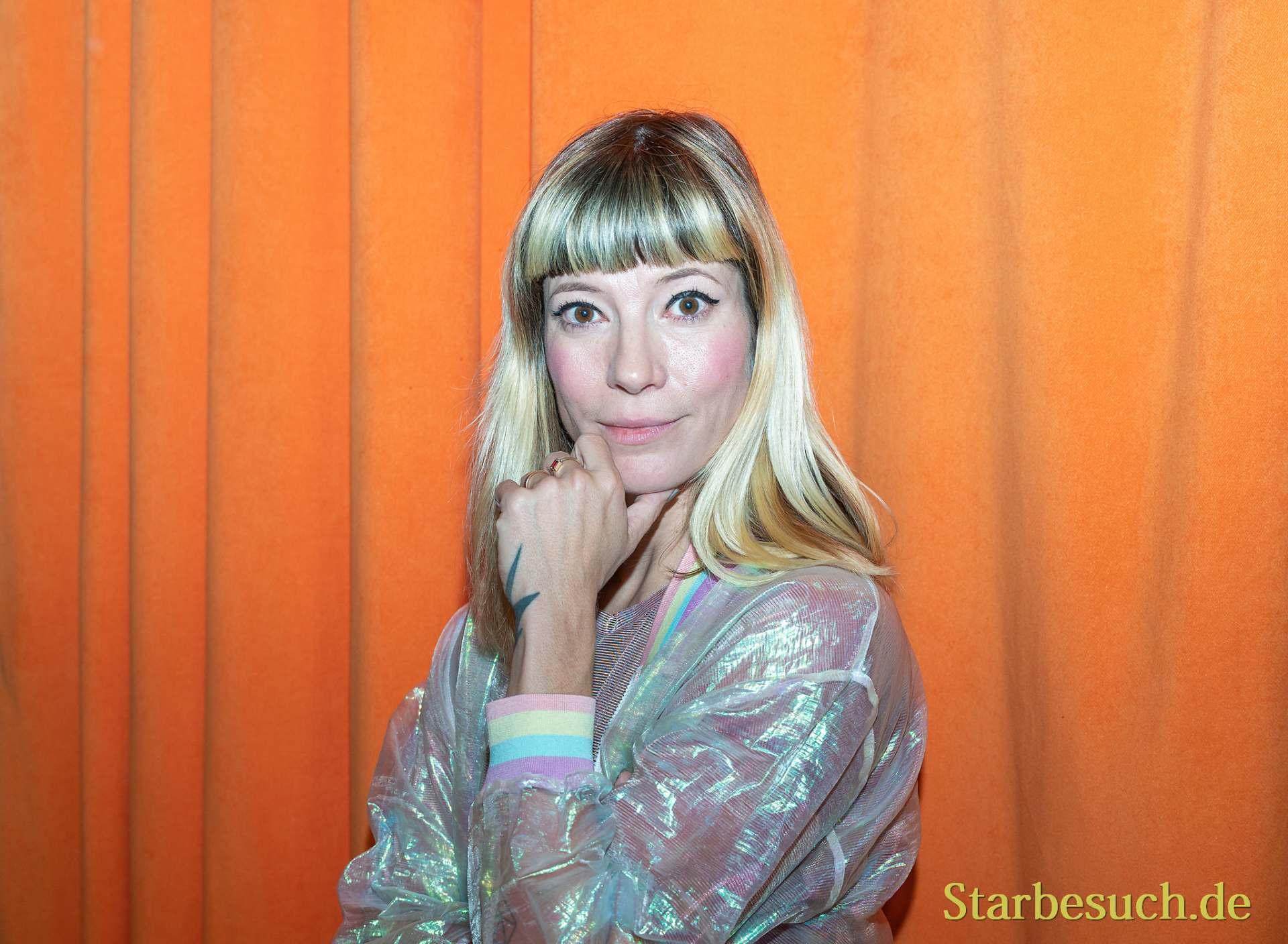 Auch Sängerin Mieze Katz (MIA.) ist zu Besuch