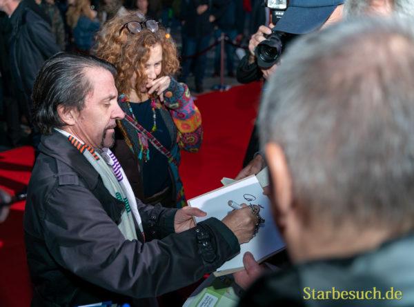 David Bennent beim Signieren