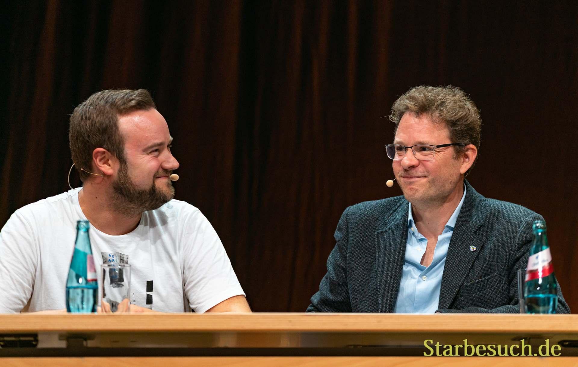 Synchronsprecher Manuel Straube und Timmo Niesner beim Tolkin-Nachmittag