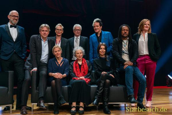 Thomas Böhm, Juergen Boos, Bärbel Schäfer, Ken Follett, Bela B Felsenheimer, Colson Whitehead, Nina Petri, Maja Lunde, Margaret Atwood und Elif Shafak