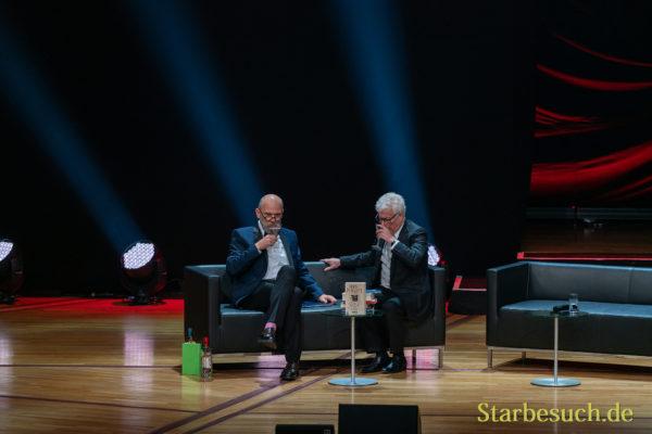 Literaturgala 2019: Ken Follett mit Thomas Böhm