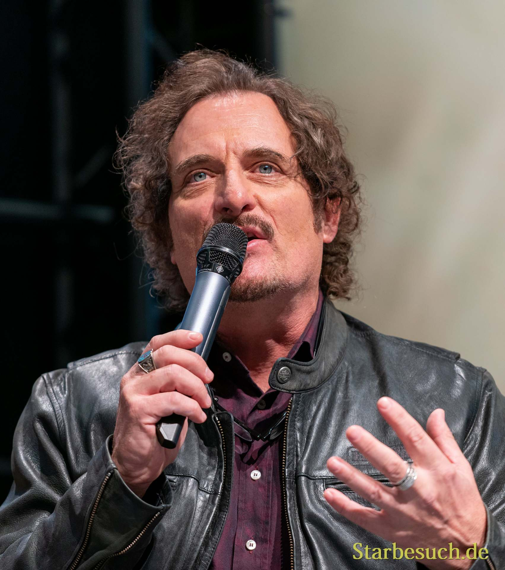 DORTMUND, GERMANY - December 7th 2019: Kim Coates at German Comic Con Dortmund