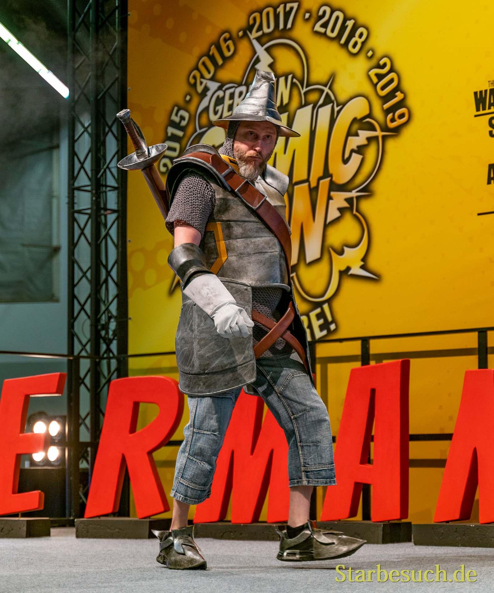 Cosplay - ScareCosplay als Adelbert Steiner aus FF 9