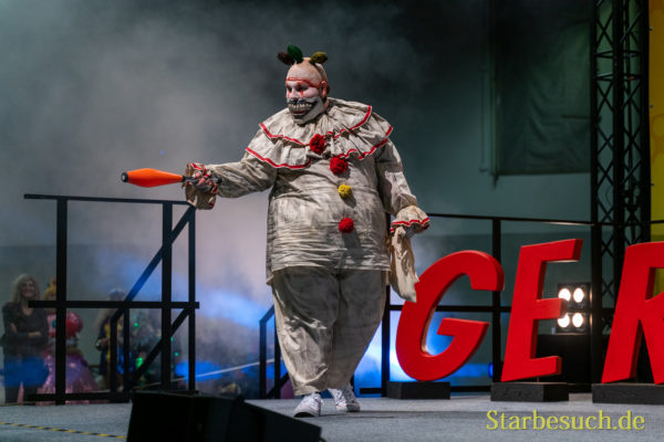 Cosplay - Silver Scream Cosplay als Twisty der Clown aus American Horror Story